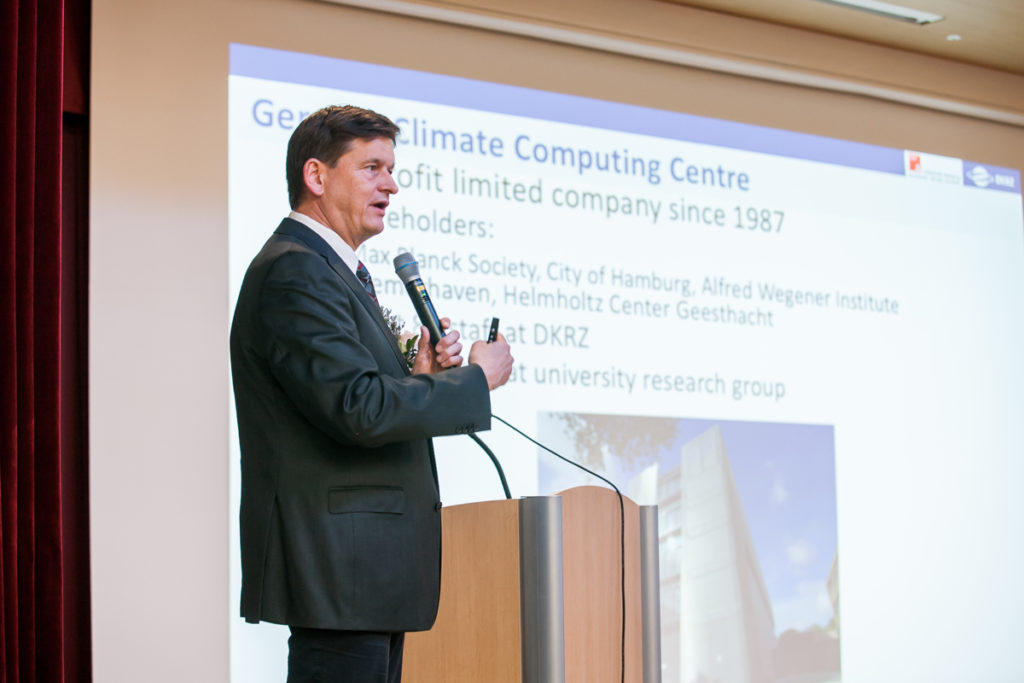 Thomas Ludwig giving a presentation on Climate Supercomputing in Germany