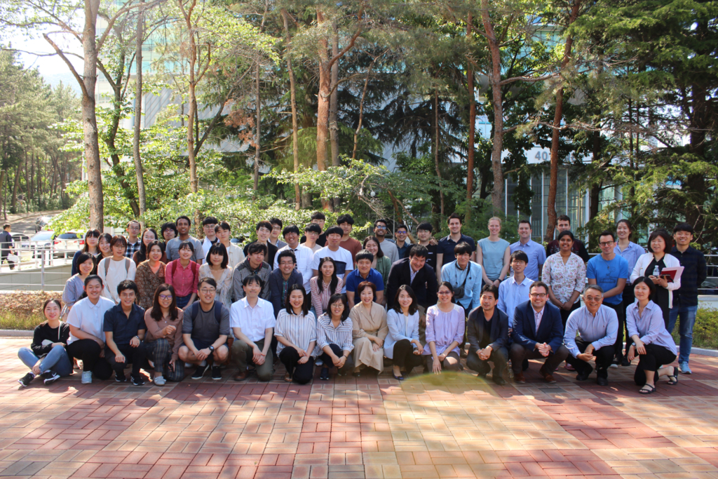 Group photo with East Asian workshop on Climate Dynamics participants